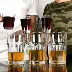 Bomb shot!   Essa dica é boa porque você pode usar o que tiver em casa nesse usamos whisky no copo e grenadine com vodka no shot.  Qual sua dica? Conta pra gente   #bebidaliberada #shot #bombshot #bomb #drink #drinks #bartender #bartenders #whisky