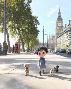 """""""Good morning from London, our Capital city . Don't you think it's ever so pretty. On a day like today when it's perfect weather we like to sightsee at our leisure!"""" #london  #bigben  #westminster  #embankment #houseofparliament  #sightseeing  #unionjack  #streetphotography  #gbabydolls  #hanon #dewdropteddybears  #inkarno_art  #england #dakawaiidolls"""