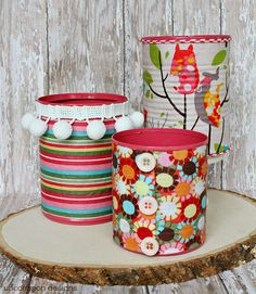 Fabric Covered Aluminum Can Organizers - A Little Craft In Your Day Mary&FabricCrafts. This awesome picture collections about Fabric Covered Aluminum Can Recycled Decor, Recycled Tin Cans, Recycled Crafts, Tin Can Crafts, Crafts For Kids, Diy Crafts, Aluminum Can Crafts, Decor Crafts, Painted Tin Cans