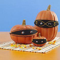Pumpkin Bandits halloween crafts, dress up, pumpkin decorating, jack o lanterns, glitter crafts, mask, halloween decorating ideas, craft ideas, halloween diy