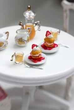 Strawberry Shortcakes 1/12 Scale Dollhouse Miniature Food.
