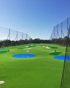 Getting ready for the holiday #golf #drivingrange #holidayprep #sydneyigers #sydneysider #vscocam #thornleighgolfcentre