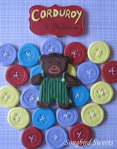 Corduroy bear cookies - love the buttons I wonder if my cousin Amy could make something like this for Addy's Cordury themed Birthday! Bear Cookies, Fun Cookies, How To Make Cookies, Decorated Cookies, Corduroy Book, Wendy Corduroy, Corduroy Shorts, Button Cookies, Library Week