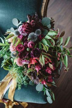 36 Gorgeous Moody Fall Wedding Ideas