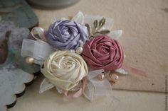 """Купить Брошь из ткани """"Сладкий сон"""" - брошь, брошь из ткани, текстильная брошь, роза"""