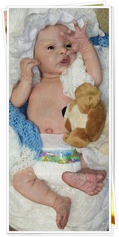 Esta é a Linda bebê Julia, feito pela Sara Gomes!!!
