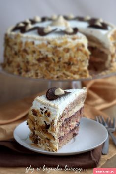 Tort kajmakowy Polish Desserts, Polish Recipes, Sweet Recipes, Cake Recipes, Bulgarian Recipes, Food And Drink, Cooking Recipes, Sweets, Baking