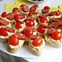 Recept : Sýrovo-mrkvová pomazánka | ReceptyOnLine.cz - kuchařka, recepty a inspirace Bruschetta, Ethnic Recipes, Food, Essen, Meals, Yemek, Eten