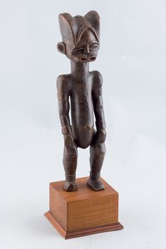 Fang Eyema Byeri (Reliquary Guardian Figure), Mabea, Gabon http://www.imodara.com/item/gabon-fang-eyema-bieri-reliquary-guardian-figure-mabea/