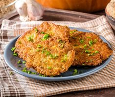 Potato pancakes and fritters Leftover Mashed Potatoes, Potato Pancakes, Fritters, Potato Recipes, Tandoori Chicken, Salmon Burgers, Casserole Recipes, Cauliflower, Vegetarian