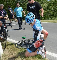 Tyler Farrar's crash on stage six caused him to drop out of the 2012 Giro. His preliminary exam showed that the injuries appear to be mostly superficial. The wound on his hand did open a superficial artery, but there appeared to be no bone or tendon damage. Photo: Graham Watson