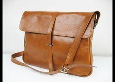 Great gift for sister. Handbag – Crossbody leather bag – a unique product by BagBoutique via en.DaWanda.com