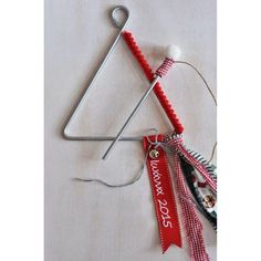 Προσωποποιημένο χριστουγεννιάτικο τρίγωνο για χριστουγεννιάτικα κάλαντα Christmas Angels, Christmas Crafts, Christmas Decorations, Xmas, Christening, Clothes Hanger, Diy And Crafts, Personalized Items, Projects
