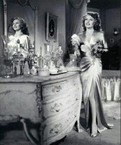 Rita Hayworth at her boudoir best