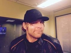 Dean Ambrose Looks ADORABLE in a hat<3<3<3<3<3