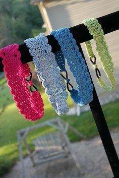 Thread headband pattern by Kinga Erdem Thread Crochet Headband Pattern. A beautiful and practical thread headband with elastic at the back for a perfect fit! Thread Crochet, Love Crochet, Crochet Crafts, Crochet Baby, Crochet Projects, Knit Crochet, Ravelry Crochet, Ravelry Free, Crocheted Hats