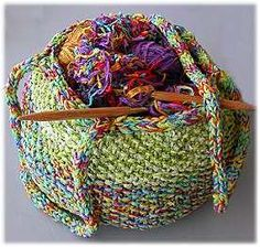 Trio Knit Tote Bag.......Ravelry........Free from Crystal Palace