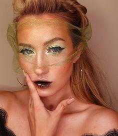 👑@kyahevenmua's edgy retro glam look is cheerful 😍 💛💛 (Using #ArisonLashes in style ✨𝐃𝟔𝟔𝟏✨   ArisonLashes.com   #repost #makeupofinstagram #motd #fakelashes #falselashes #makeupartist #makeupinspiration #eyemakeup