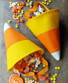 Make these adorable candy corn trick-or-treat bags.