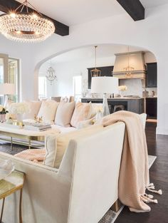 Beautiful living room with blush pink. Love the throw and pillows! Gorgeous statement chandelier too! Blush Living Room, Elegant Living Room, Beautiful Living Rooms, Formal Living Rooms, Blush Bedroom, Beautiful Space, Living Room Decor Colors, Living Room Lighting, Living Room Designs
