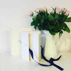 Originální designový magazin, misto klasického fotoalba #original #svatbadesign #graphic #design #exclusivity #handmade #rucniprace #style #wedding #flowers #ruze #svatba