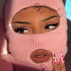"""Robbing a bank but make it pink fashion 🖕🏽🎀 """"AMBER"""" lashes by (Eyes: """"Barbie"""" eyeshadow quad, dc:… Badass Aesthetic, Boujee Aesthetic, Black Girl Aesthetic, Aesthetic Collage, Aesthetic Vintage, Aesthetic Pictures, Aesthetic Makeup, Fille Gangsta, Gangsta Girl"""