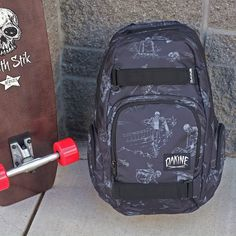 Dakine Atlas 25L Graveside Backpack Full