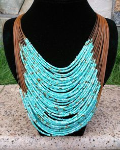 Turquoises Multi Strand Beaded Bib Necklace por Favormaking en Etsy, $25.00
