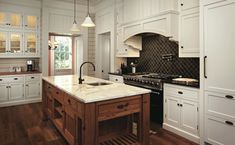 Historical Concepts designs a Greek Revival home with Southern roots. Southern Kitchens, Southern Homes, Southern Charm, Home Kitchens, Modern Farmhouse Design, Farmhouse Interior, Kitchen Interior, Kitchen Design, Traditional Kitchen Cabinets