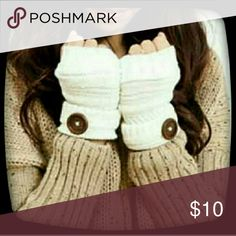 NEW KNIT FINGERLESS GLOVES New trending knit fingerless gloves with a button accent. Accessories Gloves & Mittens