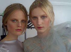 Dia de Beauté - http://revista.vogue.globo.com/diadebeaute/2011/07/11-top-dicas-de-pat-mcgrath-a-maior-maquiadora-do-mundo/