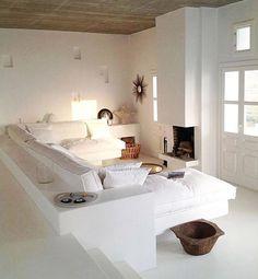 Déco Salon – Folegandros, Greece via Pho. Interior Design Living Room, Living Room Designs, Living Area, Living Spaces, Style Deco, Mediterranean Decor, Scandinavian Home, Home And Living, Interior And Exterior