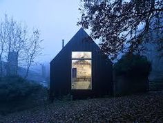 """archatlas: """" Croft Lodge Studio in Herefordshire Architect Kate Darby and designer David Connor describe how they preserved a cottage in Leominster, Herefordshire, and turned it into a. Small Cottage Homes, Small Cottages, Old Cottage, Cottage House, Small Houses, Decor Interior Design, Interior Design Living Room, Room Interior, Architecture Details"""
