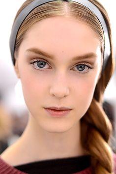 Belleza maquillaje para novias - Valentino
