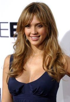 Long Hairstyles for Fashionable Women