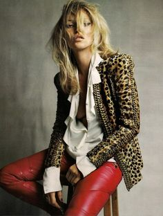 In love with the leopard jacket!