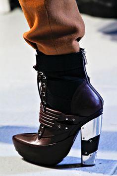 rodarte fw 2012 - the sand shoes!