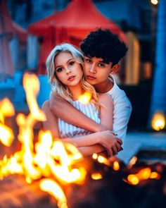 Awesome Moody Lifestyle Portrait Photography By Mark Singerman Love Couple Images, Cute Love Couple, Couples Images, Cute Couple Pictures, Indian Wedding Couple Photography, Tumblr Couples, Couple Photoshoot Poses, Couple Romance, Jordyn Jones