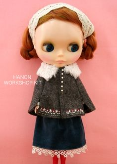 Wool Mantle kit for Blythe. HANO ETSY https://www.etsy.com/shop/HANONSATOMI