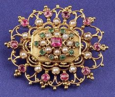 Victorian Anglo-Indian 15kt Gold Gem-set Brooch