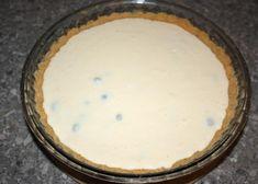 Čučoriedkový cheesecake, recept, Koláče | Tortyodmamy.sk Cheesecake, Pie, Desserts, Food, Torte, Tailgate Desserts, Cheese Cakes, Fruit Tarts, Dessert