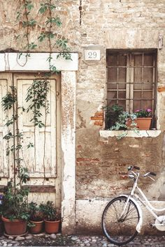 Ferrara, Italy - Daniel Farò, some kind of home, bike Old Doors, Windows And Doors, Bicycle Pictures, Italy Vacation, Aesthetic Pictures, Picture Wall, Aesthetic Wallpapers, Beautiful Places, Scenery