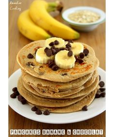 Pancakes hyperprotéinés, banane et chocolat - Amandine Cooking - The Best Anti İnflammatory Recipes Chocolate Pancakes, Banana Pancakes, Chocolate Protein, Healthy Brunch, Pancake Healthy, Pancake Recipes, Healthy Protein, High Protein, Healthy Cooking
