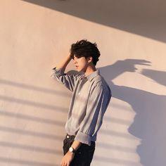 ulzzang, asian, and boy Korean Boys Ulzzang, Cute Korean Boys, Ulzzang Boy, Asian Boys, Cute Boys, Korean Girl, Pretty Boys, Korean Style, Kids Boys