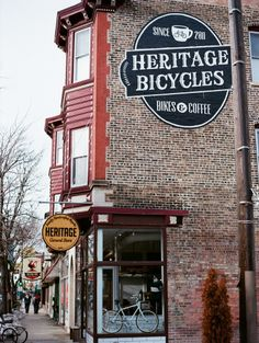 CHICAGO: HERITAGE BICYCLES bikes & coffee