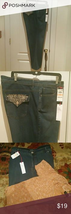 "Style&Co Jeans Blue denim, curvy, with fabric tummy control. Modern boot mid rise. Fabric: 84% cotton, 15% poly, 1% spandex. L:  32"", W: 44"" New with tags. Never worn. New condition. Style & Co Jeans Boot Cut"