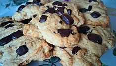 Low Carb Chocolate Chips Cookies | SunCakeMom