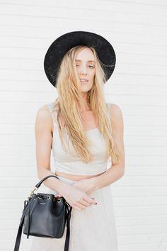 EatSleepWear / Cropped //  #Fashion, #FashionBlog, #FashionBlogger, #Ootd, #OutfitOfTheDay, #Style