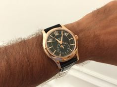 Another stunner: The Ref 5205R in Rose Gold with black dial! An annual calendar and a moon phase in the most attractive packaging!
