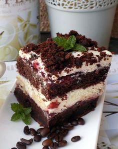 Kawa + wiśnie to jedno z lepszych połączeń, a jak doszedł do tego jeszcze krem z ricotty to już w ogóle był obłęd. Jeśli lubicie ciężkie, wilgotne ciasta to musicie koniecznie je zrobić. Unique Desserts, Cute Desserts, Cookie Desserts, Polish Desserts, Polish Recipes, Cake Recipes, Dessert Recipes, Cake Business, How Sweet Eats